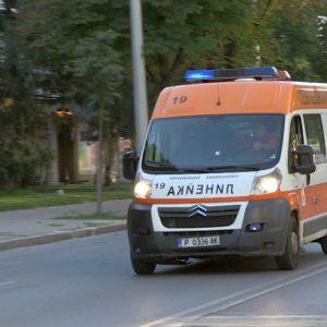 Неправоспособен с нерегистрирана кола прати жена в болница