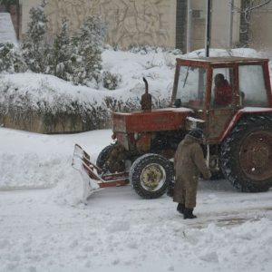 Община Русе: 24 машини чистят улиците, собствениците да почистят пред имотите