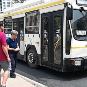 От понеделник: Общественият транспорт – по лятно разписание
