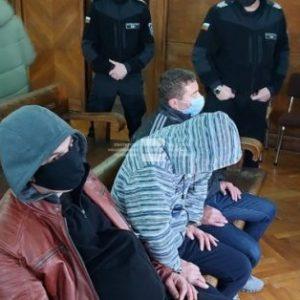 Подкупните пътни полицаи остават в ареста