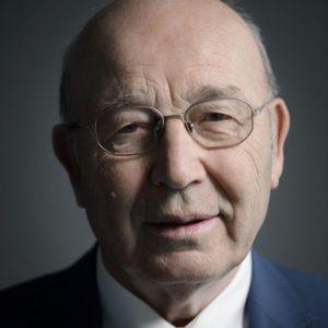 Почина Почетният председател на Строителната камара