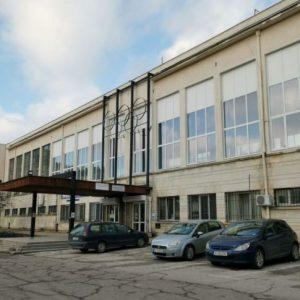Ремонтират закритата лекоатлетическа писта в Русе