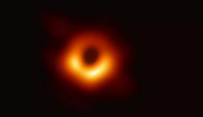 Награда от 3 млн. долара за учените, заснели черна дупка