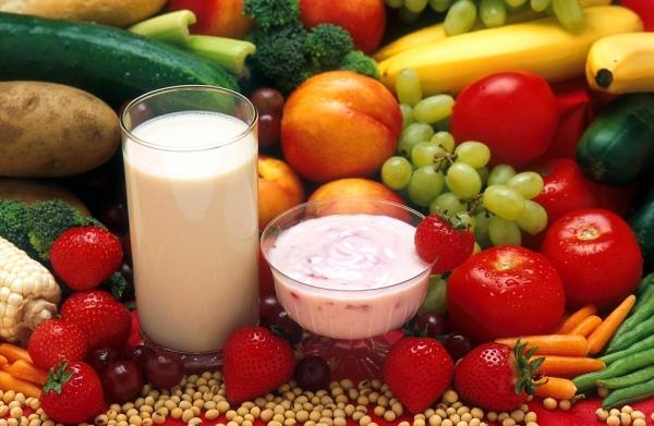плодове, зеленчуци и млечни продукти