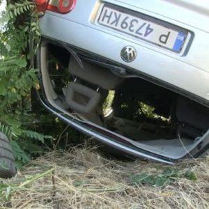 Бременна жена обърна колата си по таван, отърва се без сериозни травми
