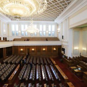 Журналистите пак ще имат достъп до депутатите в парламента